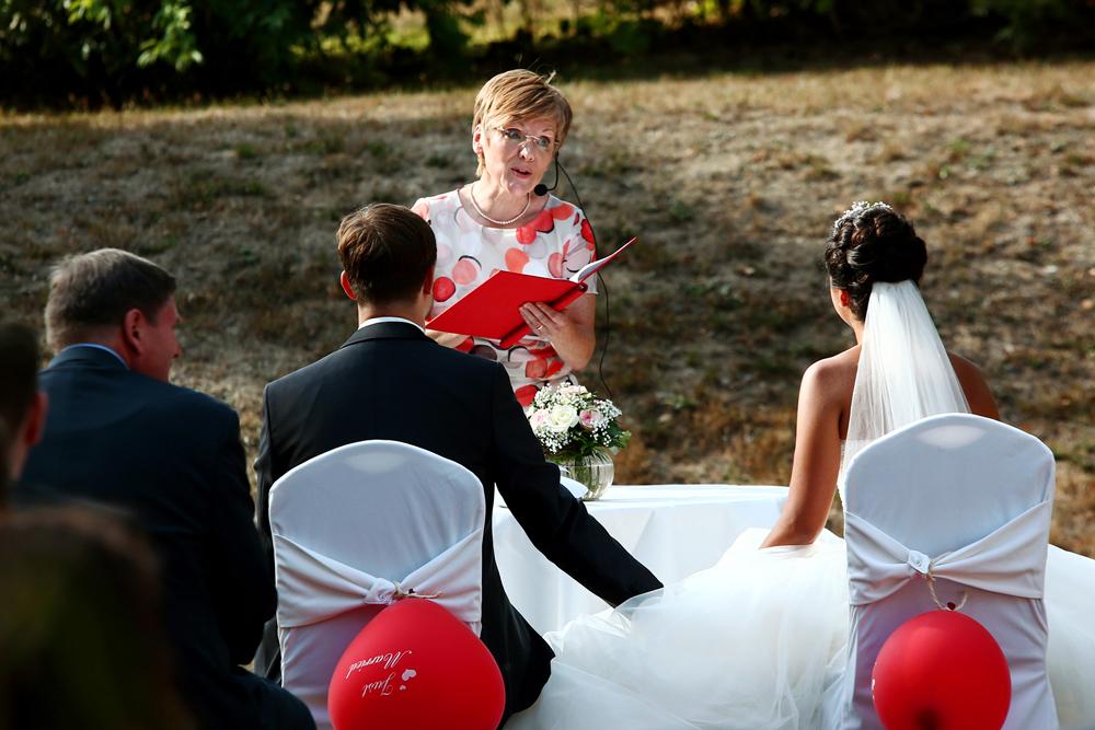 Romantische freie Trauung mit Astrid Fiedler in Buchholz